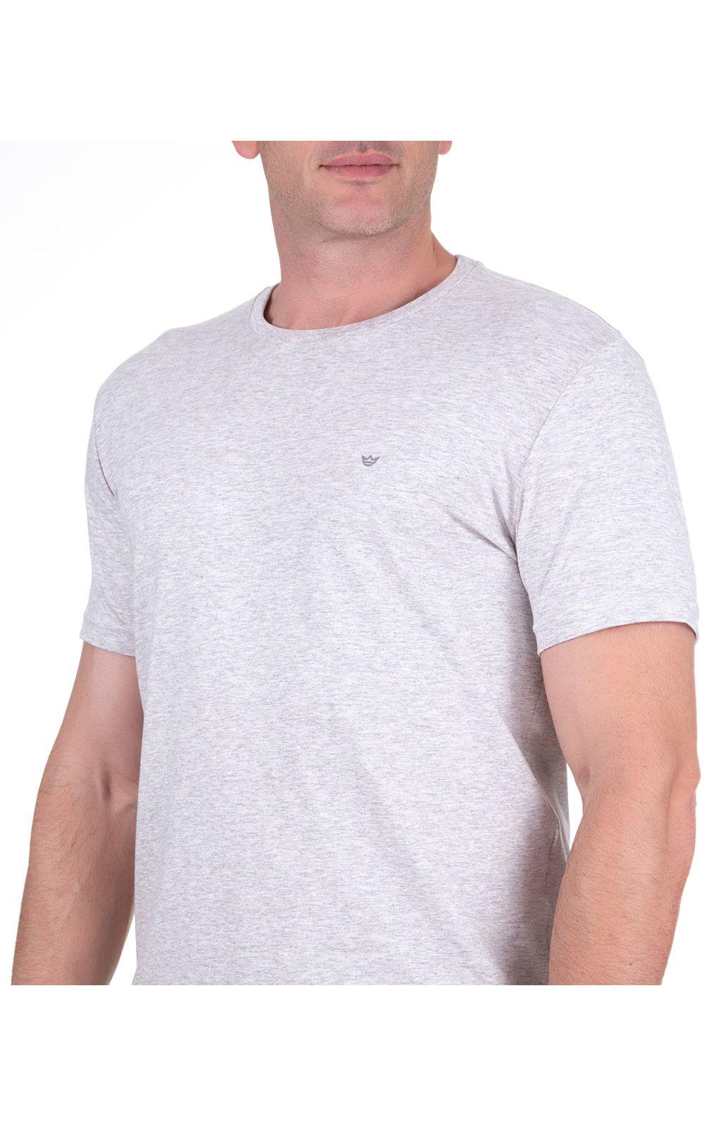 Foto 3 - Camiseta Masculina Cinza Claro Lisa